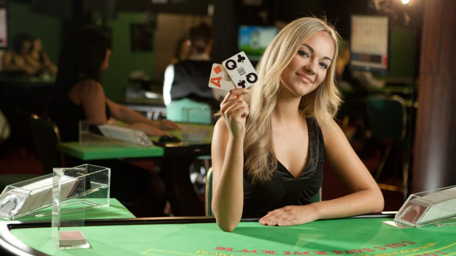 https://ayo.news/wp-content/uploads/2019/01/Evolution-blackjack-e1548419386755.jpg